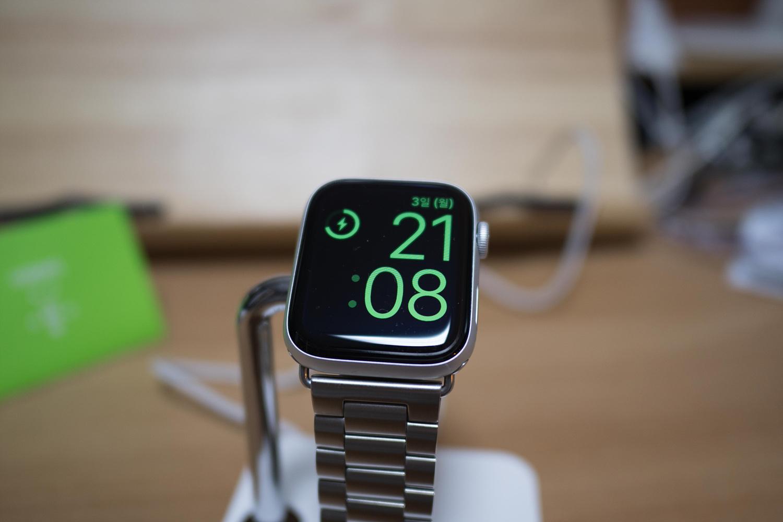 Belkin Apple Watch Charge Dock